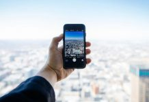 Smartphone Usage Luxury Hotels