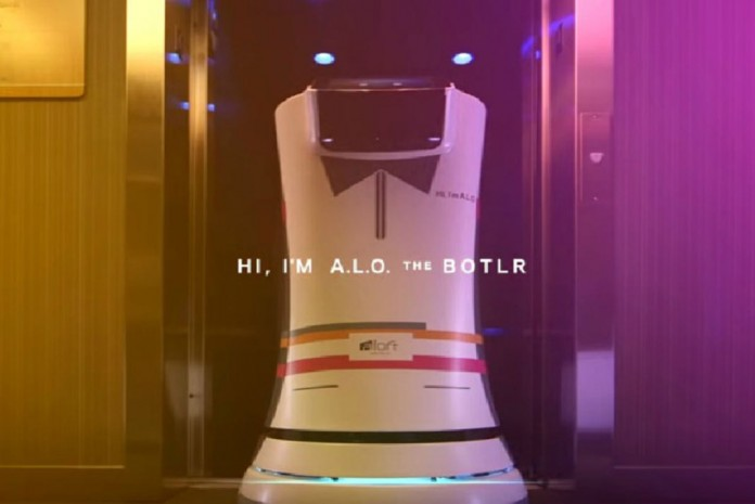 Robotels, Robots in Hotels